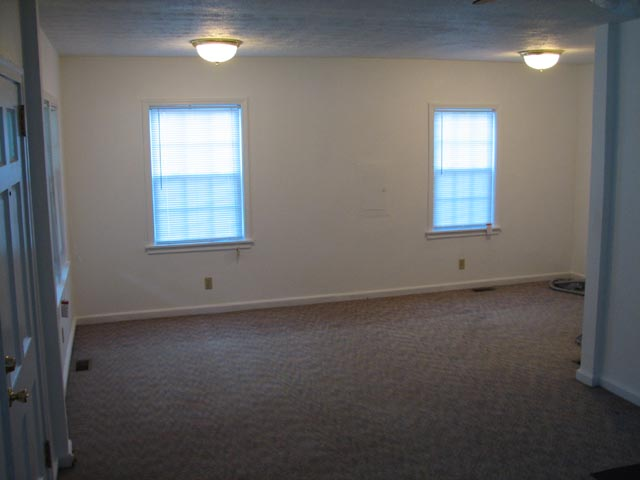 Rental house information for 354 frasier st s e for L shaped dining living room combo